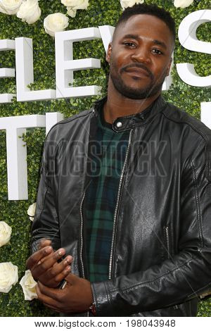 LOS ANGELES - AUG 1:  Duane Henry at the CBS TV Studios Summer Soiree TCA Party 2017 at the CBS Studio Center on August 1, 2017 in Studio City, CA