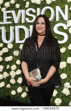 LOS ANGELES - AUG 1:  Liza Snyder at the CBS TV Studios Summer Soiree TCA Party 2017 at the CBS Studio Center on August 1, 2017 in Studio City, CA