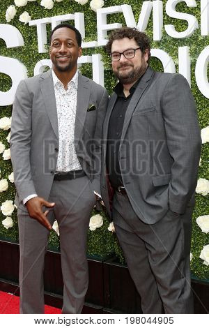 LOS ANGELES - AUG 1:  Jaleel White, Bobby Moynihan at the CBS TV Studios Summer Soiree TCA Party 2017 at the CBS Studio Center on August 1, 2017 in Studio City, CA
