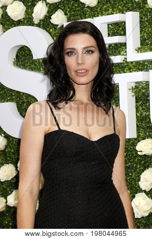 LOS ANGELES - AUG 1:  Jessica Pare at the CBS TV Studios Summer Soiree TCA Party 2017 at the CBS Studio Center on August 1, 2017 in Studio City, CA