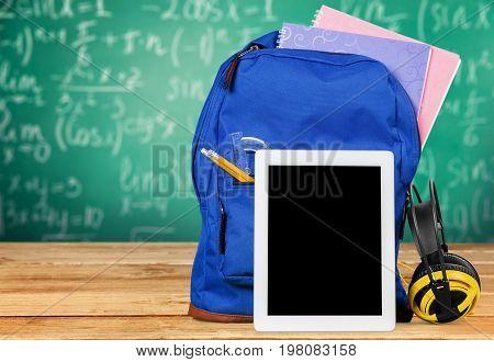 Back school tablet backpack earphones table pc color