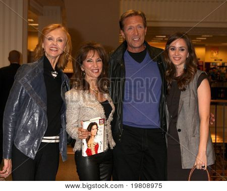 LOS ANGELES - APR 12:  Jill Larson, Susan Lucci, Walt Willey, Christina Bennett Lind at the Booksigning of Lucci's book