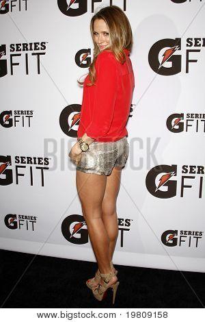 LOS ANGELES - APR 12:  Shantel VanSanten arriving at the