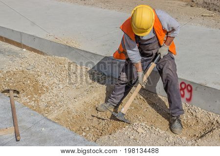 Dig With A Pickaxe 2