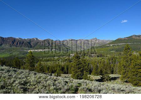 Absaroka Range, Wyoming seen from the Beartooth Highway.