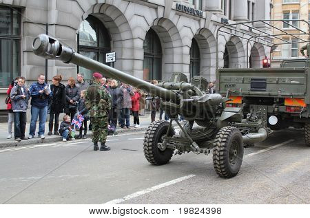 CITY OF LONDON, ENGLAND - NOVEMBER 12: Army field artillery gun on parade in the Lord Mayor's Show in the City of London on November 12, 2010. The Lord Mayor's Show is a yearly parade through London.