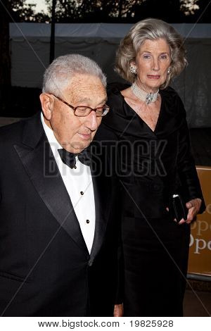 NEW YORK - SEPTEMBER 21: Dr. Henry Kissinger and his wife Nancy Kissinger arrive at the season opening of the Metropolitan Opera, with the new production of