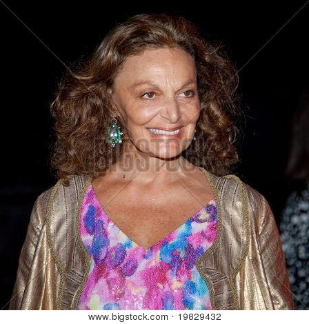 NEW YORK - 21 APRIL: Designern Diane von Furstenberg deltar Vanity Fair partiet för 2009 stam