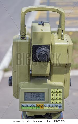 Total Station With Digital Display 4