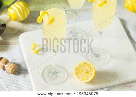 Boozy Bubbly Lemon French 75 Cocktail