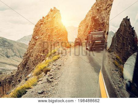 Hursh Trafic on indian mountain road .