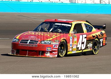 AVONDALE, AZ - NOV 7 - Kyle Petty (45) competes in the NASCAR Sprint Cup Series at the Phoenix International Raceway on November 7, 2008 in Avondale, Arizona.