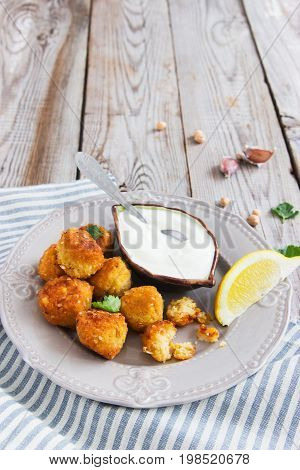 Middle Eastern Dish Gray Plate Lemon.