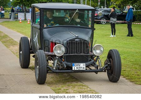 PAAREN IM GLIEN GERMANY - MAY 23 2015: Vintage car Ford Model A. The oldtimer show in MAFZ.