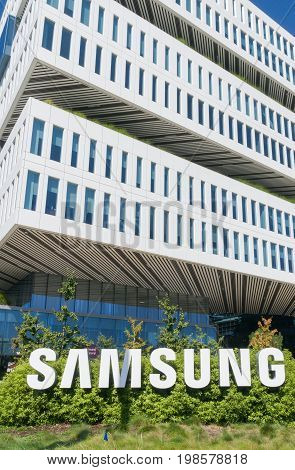 Samsung Corporate Building And Logo
