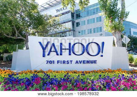 Yahoo Coprorate Headquarters And Sign