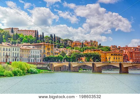 Beautiful Landscape View Bank Of The Arno River Of The Florence - Bridge To Thanksgiving (ponte Alle