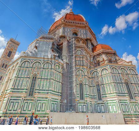 Florence, Italy- May 13, 2017: Santa Maria Del Fiore(cattedrale Di Santa Maria Del Fiore) And Giotto