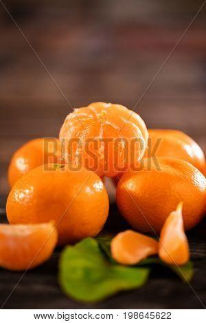Healthy mandarines fruits background many tangerine fruits - mandarines fruit background