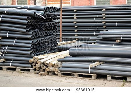 Black plastic pipes. Manufacture of plastic pipes