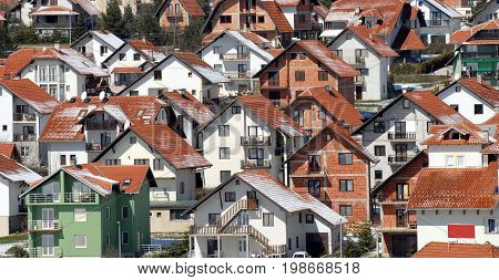 settlement town, many modern houses, populous city