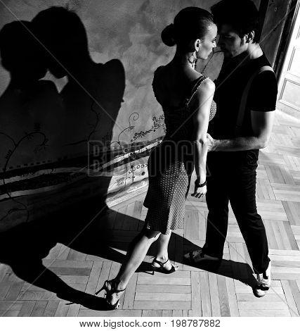 The Tango Kiss