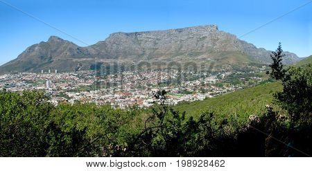 FROM CAPE TOWN, SOUTH AFRICA, A PANORAMIC VIEW OF TABLE MOUNTAIN ON A CLOUDY DAY 37