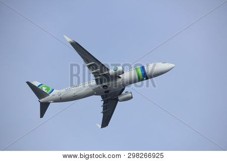 Amsterdam The Netherlands - March 4th, 2018: Ph-hsg Transavia Boeing 737-800 Takeoff From Aalsmeerba