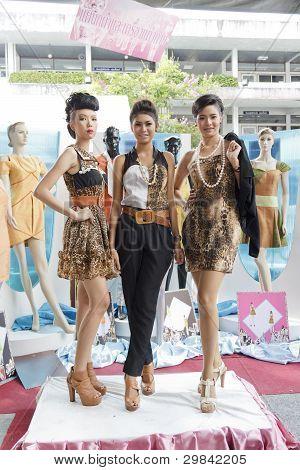 Thai Models Fashion Show