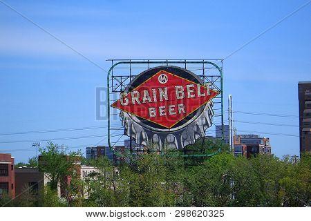 Minneapolis, Minnesota - April 21: Bottlecap Grain Belt Beer Sign, A Landmark On Nicollet Island, On