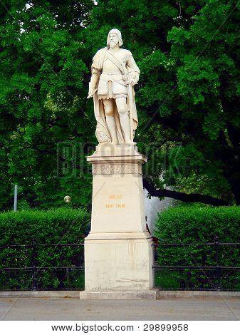 Statue Of Niklas Graf