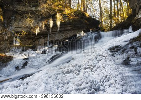 The Frozen Deans Ravine Waterfall In Falls Village On The Mohawk Trail In Connecticut On A Winter Da