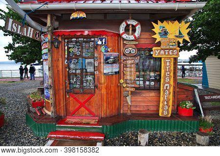 Ushuaia, Tierra Del Fuego, Argentina - 22 Dec 2019: The Souvenir Store In Ushuaia City On Tierra Del