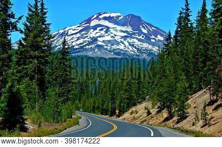 Driving Through The Cascades - A View Of South Sister Peak Along Cascade Lakes Highway - Cascade Ran