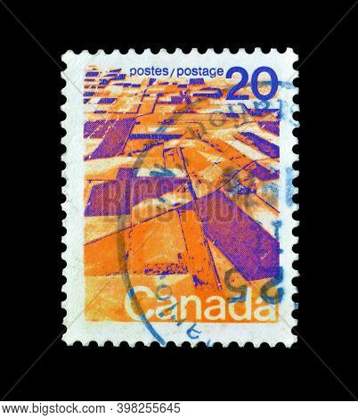 Canada - Circa 1976 : Cancelled Postage Stamp Printed By Canada, That Shows Prairie Landscape From T