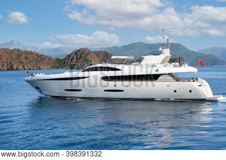 Marmaris,turkey November 2020: Luxury Yacht In The Mediterranean Sea. Yacht Is Moving Along The Isla