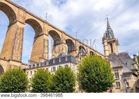 Morlaix, France - August 28, 2019: Eglise Saint-melaine Or Church Of Saint-melaine Near The Viaduct