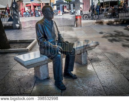 Malaga, Spain - November 27, 2018: The statue of Picasso in the Plaza de la Merced