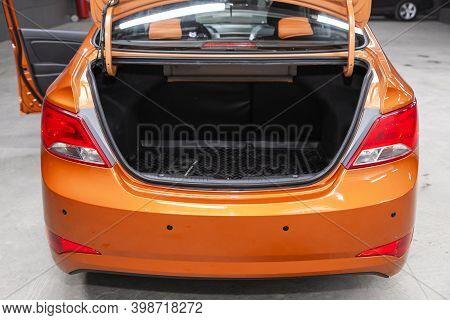 Novosibirsk, Russia - December 07, 2020: Hyundai Solaris , Clean, Open Empty Trunk In The Car Suv