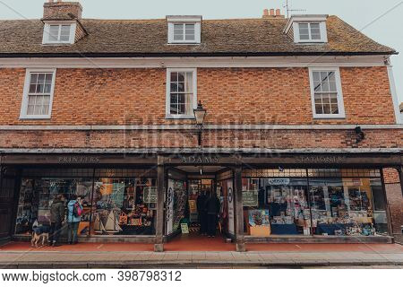 Rye, Uk - October 10, 2020: Poeple Outside Adams Of Rye Printers And Stationery Shop In Rye, One Of