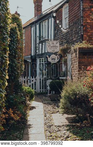 Rye, Uk - October 10, 2020: Signs Outside The Cobbles Tea Rooms In Rye, One Of The Best-preserved Me