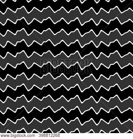 Curved Lines Seamless Pattern. Jagged Stripes Ornament. Linear Waves Motif. Curves Print. Zigzag Bac