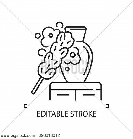 Dusting Linear Icon. Household Chore, Housekeeping Thin Line Customizable Illustration. Contour Symb