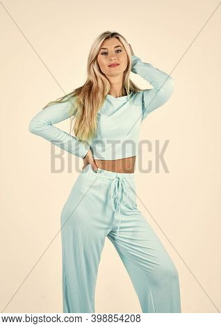 Fitness Woman Wear Sportswear. Comfy Style For Daily Life. Gym Fashion. Girl In Sweatpants And Hoodi