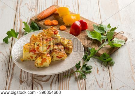 sliced omelette with mixed vegetables