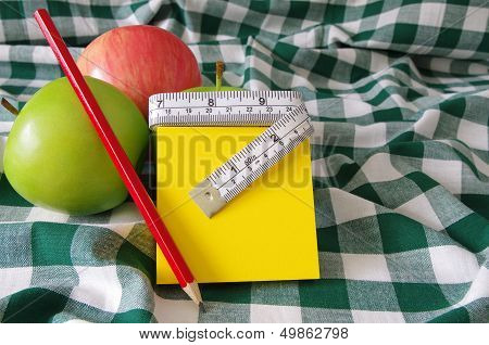 apples and note pad