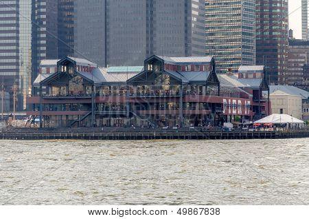 Pier 17, New York
