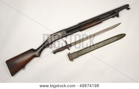 M1897 shotgun and M1917 bayonet