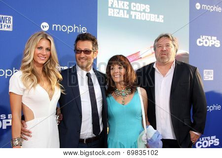 LOS ANGELES - AUG 7:  Sarah Greenfield, Luke Greenfield, guests at the