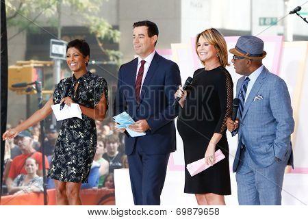 NEW YORK-AUG 8: (L-R) Tamron Hall, Carson Daly, Savannah Guthrie and Al Roker at NBC's